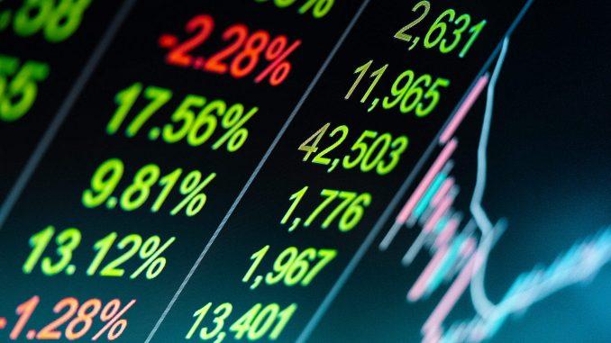 Confronto tra DeFi e CeFi (finanza centralizzata)